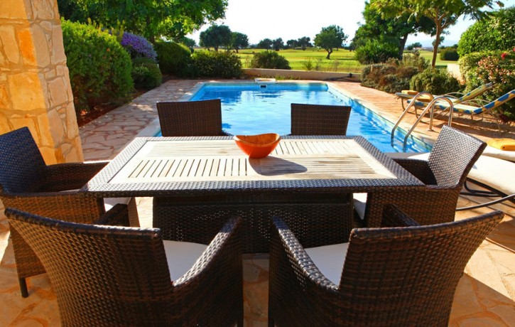 JUNIOR_VILLA__ForSale_GOLF_COURSE_AphroditeHills_SwimmingPool2