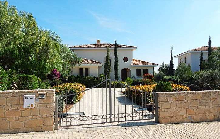 AH189V_3 bedroom Villa on Front Line Property with panoramic sea view_AphroditeHills_Paphos_Cyprus_19